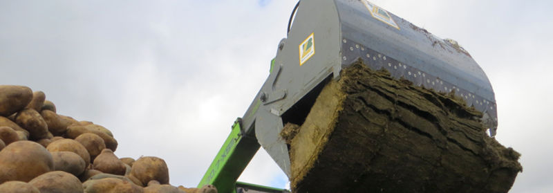 S35 SILAGECUTTER WITH BUCKET SL